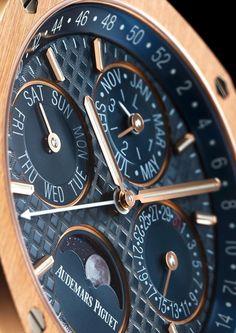 Audemars-Piguet-Royal-Oak-Perpetual-Calendar-26574OR-OO-1220-aBlogtoWatch-26