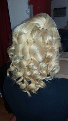 Full Hair, Big Hair, Blonde Curls, Extreme Hair, Bleach Blonde, Vintage Hairstyles, Gorgeous Hair, Curly Hair Styles, Wigs