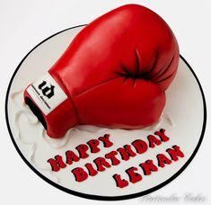 Particular Cakes Beautiful Cakes, Amazing Cakes, Boxing Gloves Cake, Adult Birthday Cakes, Birthday Ideas, Cupcake Cakes, Cupcakes, Sport Cakes, Fashion Cakes