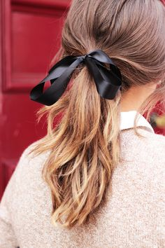 Ponytail with black bow | The Elgin Avenue, September 2015