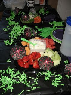 Use spray foam for table decorations