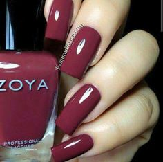 Dark#red#nail#polish