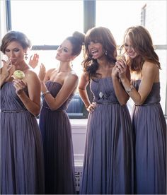 love the bridesmaids with the same dresses but different looks