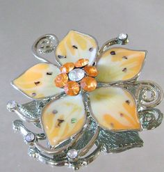 Vintage+Flower+Brooch.++Abalone.+Peaches+and+Cream.