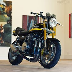 Kawasaki Z1A by Graeme Crosby at New Generation Classics (http://www.graemecrosby.com/h-h-vintage-classic-motorcycles.php)