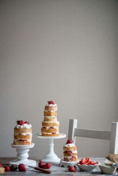 strawberries & cream chiffon cake | two red bowls