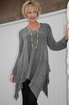 Angel Circle dove grey knitted tunic.e85