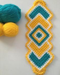 Crochet Towel, Crochet Doll Pattern, Crochet Patterns, Crochet Hats, Crochet Cross, Thread Crochet, Baby Knitting Patterns, Crochet Flowers, Crochet Projects