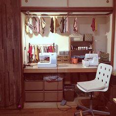 女性で、3LDKの押し入れ改造/DIY/リメイク/机についてのインテリア実例を紹介。「押し入れを作業台に変身☻」(この写真は 2013-11-13 17:21:56 に共有されました)