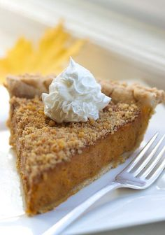 Ok, there's been a lot of Pumpkin Pie floating around Pinterest, but I think I just found the best...drumroll...BOURBON LACED PUMPKIN PIE topped with WALNUT CRUMBLE and Coconut Whip * #vegan #glutenfree and need I say, again, #bourbon