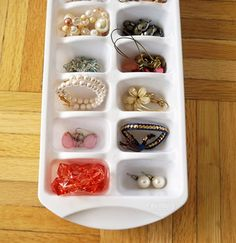 12 Best DIY Hacks to Organize Your Jewelry And Accessories