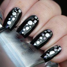 Black and silver dotticure nail art mani - Lucy's Stash Crazy Nails, Funky Nails, Cute Nails, Pretty Nails, Posh Nails, New Year's Nails, Hair And Nails, Wild Nail Designs, Nail Polish Designs