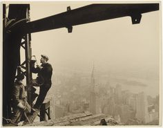 Welders on the Empire State Building. Lewis Hine, 1930.
