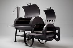 Need a little more cooking space but not ready to take it on the road with a trailer model yet? The Kingman is a 24″ backyard smoker built with all the quality and durability of the Yoder line with…