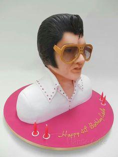 Bust of Elvis Cake Art
