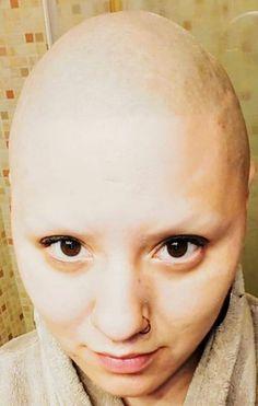 Shave Eyebrows, Bald Women, Shaving, Septum, Beautiful Women, Face, Rings, Beauty, Beauty Women