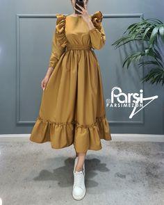 Iranian Women Fashion, Muslim Fashion, Modest Fashion, Girls Fashion Clothes, Girl Fashion, Womens Fashion, Fashion Drawing Dresses, Fashion Dresses, Hijab Dress Party