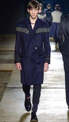 Dries Van Noten #menswear #collection #FW1516 #winter #menafashion #fashion #style #styling #styledotcom #model #models