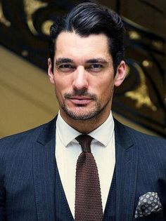 David Gandy Attends Vogue Dinner in Honor of Michael Kors ~ David James Gandy Der Gentleman, Gentleman Style, Famous Male Models, Androgynous Models, David James Gandy, David Gandy Suit, Perfect Man, Beautiful Men, Mens Fashion