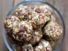 Wholesome rolled oats and ground flaxseed mixed with delicious almond butter, maple syrup, and a ripe banana to create the most scrumptious make-ahead energy bite. You guys!! These banana chocolate chip energy bites are sooooo good! If you need a no-bake make-ahead snack recipe then this needs to go on your meal plan, stat! The …
