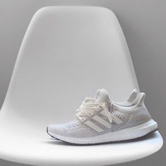 Adidas Yeezy Boost 350 V2   Sesame   |