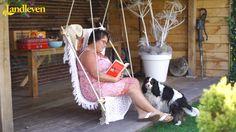 Hangstoel om loom te genieten