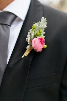 Ranunculus/ Hypericum berries/ Dusty Miller boutonniere - Peach and Gold Texas Wedding by Morgan Trinker Photography - via ruffled