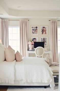 How To Make a Bed Like a Pro – Three Ways to Style Your Bed. how to make a bed professionally, how t Dream Rooms, Dream Bedroom, Home Decor Bedroom, Master Bedroom, Bedroom Ideas, Bed Ideas, Master Suite, Bedroom Furniture, Royal Bedroom
