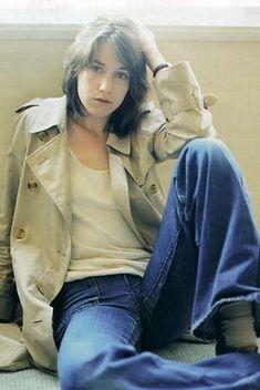 charlotte gainsbourg---ginza july 2003