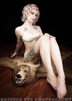 bear rug A naked on woman skin