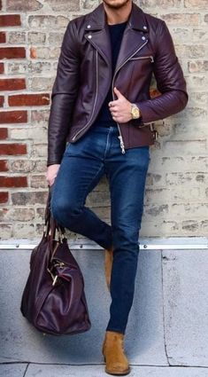 man outfit Women Love These Details In A Man's Style. It doesn't matter if you're into classic formal styles, street style, or something more casual, women will focus in key details of a ma Burgundy Leather Jacket, Leather Jacket Outfits, Leather Jackets, Biker Jacket Outfit, Jacket Jeans, Men's Jeans, Motorcycle Jacket, Skinny Jeans, Outfits Hombre Casual