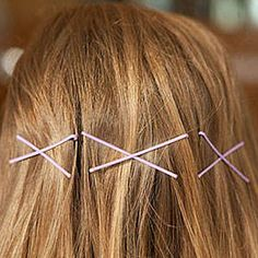 You can do what with a bobby pin? 20 innovative tricks to using bobby pins.