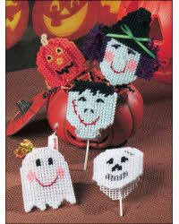 Delight young trick-or-treaters with a lollipop treat covered in one of these fun covers!