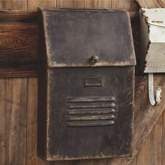 Rustic Black Cottage Mail Box | antiquefarmhouse.com