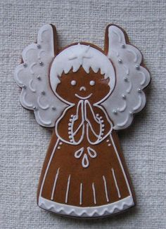 I'll call them Yule fairies instead of Christmas angels :-) Christmas Gingerbread House, Christmas Sweets, Christmas Cooking, Gingerbread Cookies, Christmas Angels, Fancy Cookies, Holiday Cookies, Cupcake Cookies, Angel Cookies