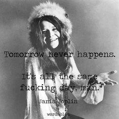 Janis Joplin, a love this woman. Jimi Hendrix Quotes, Jimi Hendrix Guitar, Jimi Hendrix Poster, Jimi Hendrix Death, Robert Mapplethorpe, Annie Leibovitz, Richard Avedon, Janis Joplin Frases, Janis Joplin Lyrics