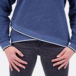 Shirt oder Pullover mit raffiniertem Fakewickel-Saumbündchen nähen - Gratis Download Anleitung zum Anpassen des Schnittmusters