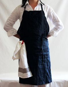 Items similar to VINTAGE full apron.linen on Etsy Cafe Uniform, Fog Linen, Linen Apron, Sewing Aprons, Black Linen, Leather Craft, Work Wear, Fashion History, What To Wear