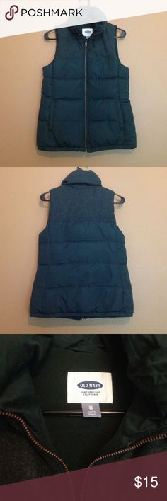 SOLD Dark green vest Perfect far fall and winter. Dark green vest from Old Navy with wool like contrast texture at top. Lined with fleece. Old Navy Jackets & Coats Vests