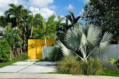 Key Haven, drive,entry,landscape  design by Debra Yates