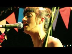 ▶ Las Taradas - Que no, que no! - ft Miss Bolivia [ALPACA] - YouTube