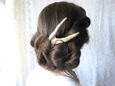Hey, I found this really awesome Etsy listing at http://www.etsy.com/listing/156027437/hair-fork-comb-stick-deer-antler-edgy