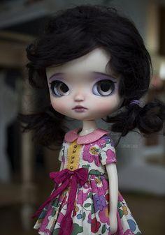 Lilly -Yeolume   von Cupcake Curio