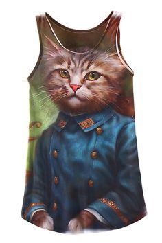 The woman tank featuring cat print. O neck. Regular fit.