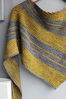 Bryum by Cailliau Berangere on Ravelry. Pretty combination of texture and stripes. Blue and yellow