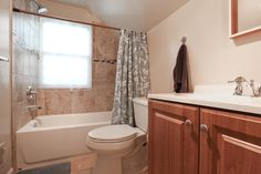 Great Contemporary Full Bathroom - Zillow Digs