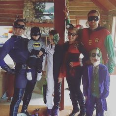 BATMAN and his crew! So happy when all my kids are home to celebrate holidays! #teamlulalovelies #lularoeteamboss #lularoehalloween #lovemyfamily #halloween #batman #robin #harleyquinn #catwoman #joker #twoface