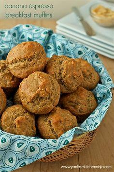 Banana espresso breakfast muffins (  a giveaway) | www.yankeekitchenninja.com