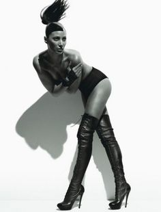 Christy Turlington wearing thigh high purrrrrfection.  <3