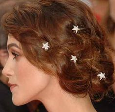 Stars in her hair ! I will put stars in my hair for Arno 'n Gaëlle's wedding or I will put other thing!